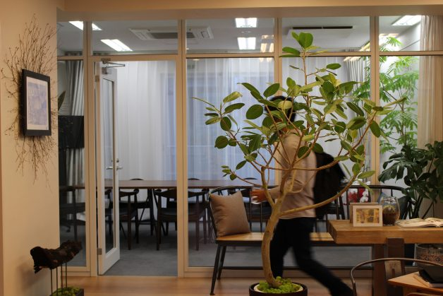 04_オフィスミーティングスペース