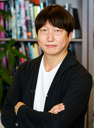 Keibun Nakagawa, President & Representative Director