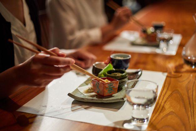 dinner_scene